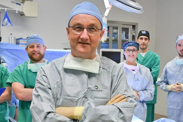 Cardiothoracic surgeon performs first minimally invasive heart bypass surgery at PMC