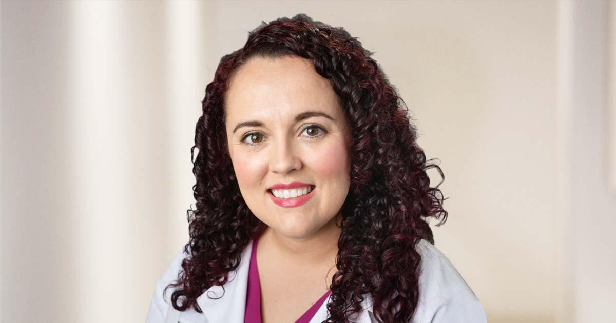 Dr. Malisa Moss Uses Advanced Robotic Technology